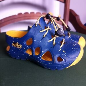 Toddler KEEN Waterproof Sandals US Size 6. Blue And Yellow