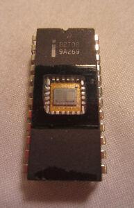 Vintage Intel B2708 9A269 24-Pin Ic Processor Chip