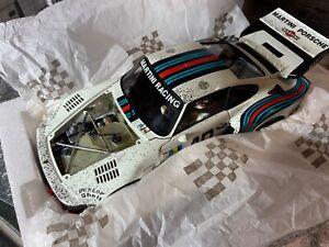 Exoto 1:18 Porsche 935 Turbo Martini #40 verwittert 1976 OVP