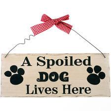 a Spoiled chien Lives Here PLAQUE MURALE - Panneau en bois Bois cadeau