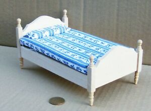 Natural Finish Single Bed Tumdee 1:12 Scale Dolls House Bedroom Accessory 069