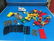 GROS LOT LEGO DUPLO TRAIN Rails + Personnages CAMION BENNE BRIQUES + 2,75 KG N78