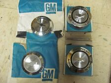 NOS Set of 4 1967 67 Camaro Chevelle Nova Wire Wheel Center Caps 3908762 Chevy