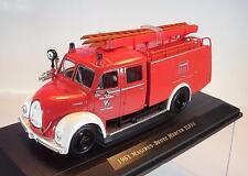Signature 1/43 Magirus Deutz Mercur TLF 16 (1961) Feuerwehr in Plexi-Box #1357