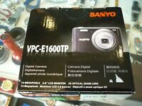 SANYO VCP-E1600TP 14 MEGAPIXEL DIGITAL CAMERA IN BOX - AU STOCK !