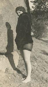 ANTIQUE VINTAGE FLAPPER AMERICAN BEAUTY RISQUE STRIPTEASE PANTIES NAUGHTY PHOTO