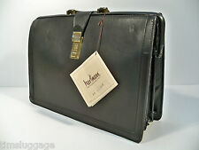 Hartmann Black Belting Leather Classic Lawyer's Briefcase Attache Gladstone