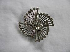 VINTAGE LARGE SILVER TONE WITH CLEAR RHINESTONES PIN WHEEL BURST BROOCH PIN