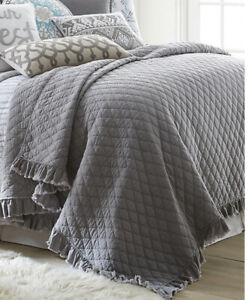Gray Vintage Washed Ruffle Quilt - Threshold Twin Size