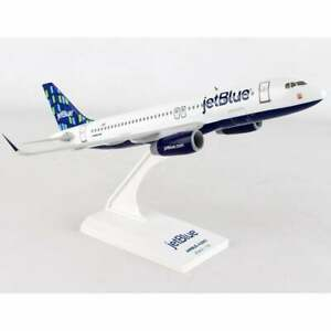 Skymarks JetBlue Airbus A320 High Rise Livery Plastic Model - Scale 1:150