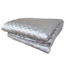Couvre-lit gris pour chambre