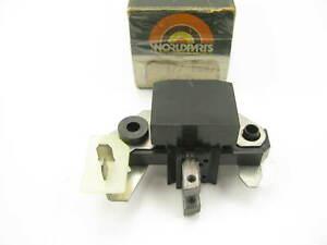 Worldparts W33-280 Voltage Regulator - 177-0662 23-00952