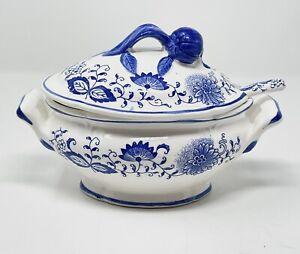 Arnart Blue Onion Lidded Gravy Boat Tureen Covered Underplate Spoon Ceramic Rare
