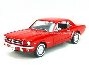 FORD MUSTANG COUPÉ 1/2 1964 1:24-27 WELLY