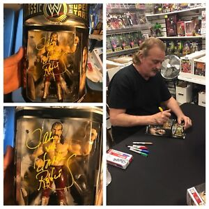 AUTOGRAPHED JAKE THE SNAKE ROBERTS CLASSIC SERIES FIGURE