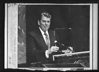 Vtg AP Wire Photo President Ronald Reagan Addresses United Nations Assembly 1987