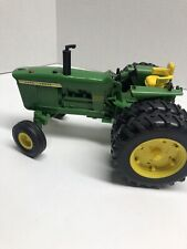 John Deere Model 4020 Diesel Toy Tractor with Lights and Engine Sound-Plastic