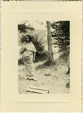 PHOTO ANCIENNE - VINTAGE SNAPSHOT - HOMME DÉGUISEMENT DRAP TRAVESTI DRÔLE - MAN