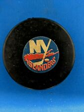 ART ROSS CONVERSE SCREENED REVERSE NEW YORK ISLANDERS GAME PUCK 1974-77