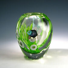 Exquisite1980 ORIENT & FLUME Art Glass Vase - Angel Fish Scene by Lee Hudin