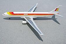 Hogan Wings 1:400 Iberia Airbus A330-300 (EC-LUK) W/Stand. Make An Offer!