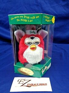 Winter/Christmas Furby 1999 Special Limited Edition- New in Box