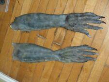 SLEEPY HOLLOW: CREATURE WENDIGO WEARABLE HAND GLOVES