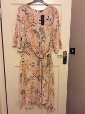 BNWT Ladies Size 18 M&S Ivory Mix Floral Short Sleeve Dress