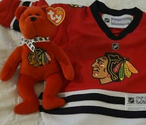 Chicago Blackhawks Infant Gift Set!  Sharp Infant Jersey NWT & Stanley Beanie