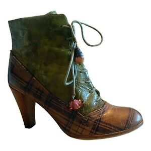 KENZO Oxford Lace Up Booties Pumps Leather Mixed Media Plaid Green Round Toe 38