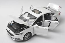 Ford Mondeo 2017 car model in scale 1:18 white gifts