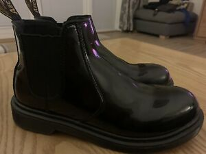 Doc Marten Chelsea Boots Black Patent Size 5 Youth Great Condition