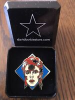 "David Bowie ""Ziggy"" Inspired Tribute Pin Badge in Gift Box"