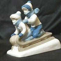 Vintage Kids/Sleigh Porcelana De Cuemavaca Figurine Blue/White Mexico Preowned