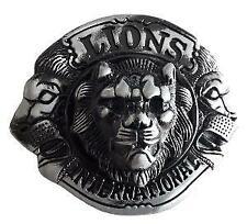 BOUCLE DE CEINTURE METAL RONDE TETES DE LIONS INTERNATIONAL EN RELIEF
