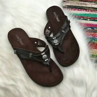 Minnetonka Womens Silverthorne Thong Sandals 10 Brown Leather Medallion 700001