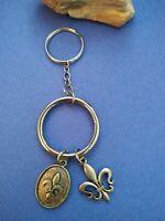 Vintage Fleur de lis keychain