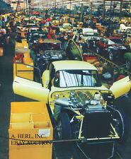 Jaguar E-Type / Jaguar XK-E – 1967 final assembly in factory – photo photograph
