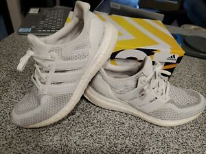 Mens Adidas UltraBOOST LTD size 10 white reflective