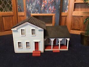 "G. & M. Gudgel Micro Miniature Dollhouse 2.5"" X4.5"" Top Opens Rooms Inside 1:144"