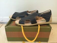 New Livie & Luca Leather Kids Sandals Boys. Size 13