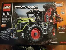 LEGO Technic CLAAS XERION 5000 TRAC VC (42054) stand in der Vitrine neuwertig