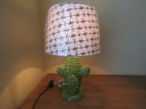 Southwestern Style Cactus Lamp Lime Green With Shade Barbed Wire 16.5 inch