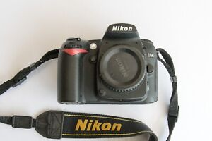 Nikon D90 Digital SLR Camera - Black (Body only) Low Shutter Count