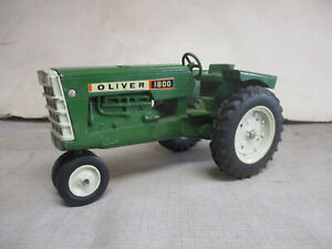 (1964) Oliver Model 1800 Toy Tractor, 1/16 Scale, All Original