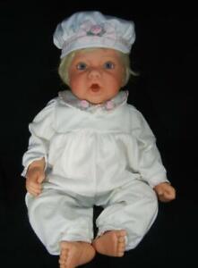 Lee Middleton Doll Blue Eyes Blond Hair Cuddle Baby Sculpt by Reva Schick 1997