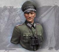 1/10 BUST Resin Figure Model Kit German Soldier Officer WWII Unpainted Unassambl