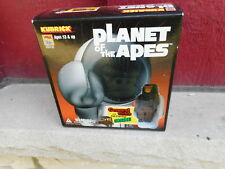 NRFB vintage Kubrick Planet of the Apes General Urko with Jail Carriage TOY (S7)