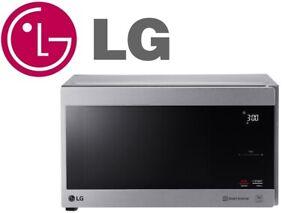 LG MS4296OSS NeoChef 42L Smart Inverter Microwave Oven (Black Glass Silver Body)