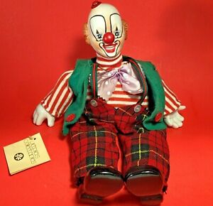 "MUSICAL  SITTING CLOWN DOLL VICTORIA IMPEX CORP. SHELF SITTER 12"" VINTAGE 1982"